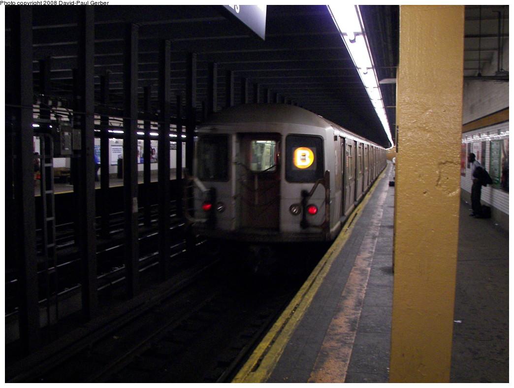 (248k, 1044x788)<br><b>Country:</b> United States<br><b>City:</b> New York<br><b>System:</b> New York City Transit<br><b>Line:</b> IND Concourse Line<br><b>Location:</b> 167th Street <br><b>Route:</b> B<br><b>Car:</b> R-40M (St. Louis, 1969)  4527 <br><b>Photo by:</b> David-Paul Gerber<br><b>Date:</b> 6/9/2008<br><b>Viewed (this week/total):</b> 4 / 2859