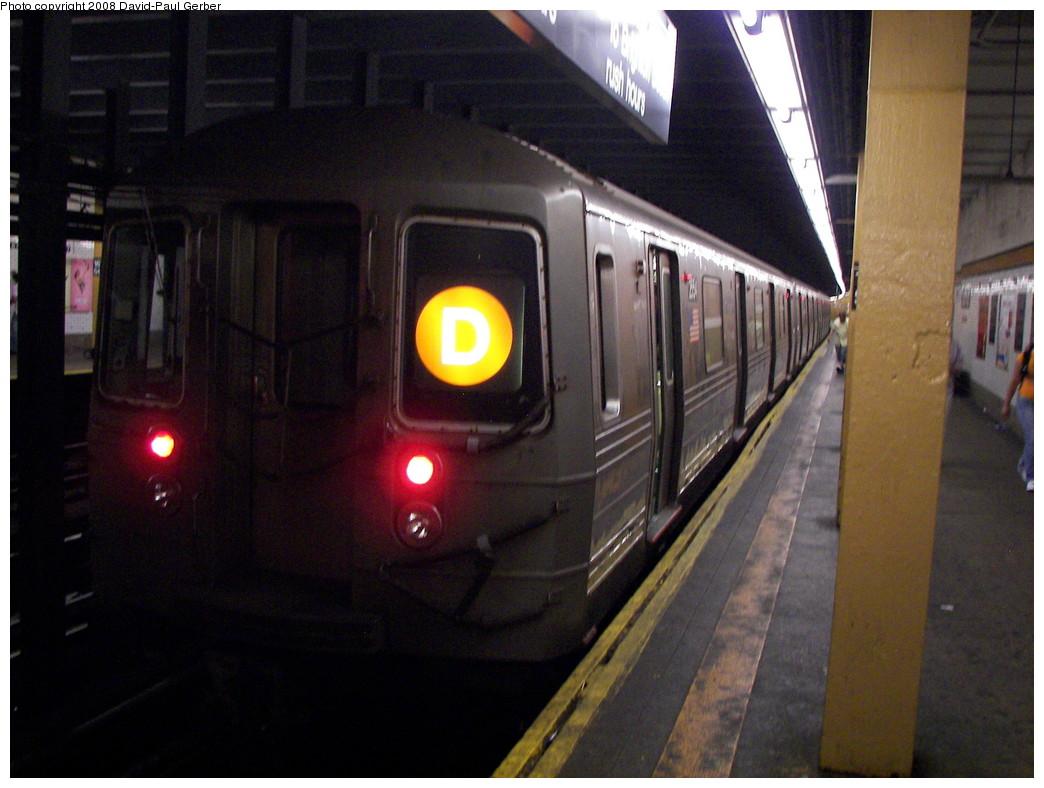 (251k, 1044x788)<br><b>Country:</b> United States<br><b>City:</b> New York<br><b>System:</b> New York City Transit<br><b>Line:</b> IND Concourse Line<br><b>Location:</b> 167th Street <br><b>Route:</b> D<br><b>Car:</b> R-68 (Westinghouse-Amrail, 1986-1988)   <br><b>Photo by:</b> David-Paul Gerber<br><b>Date:</b> 6/9/2008<br><b>Viewed (this week/total):</b> 0 / 2034