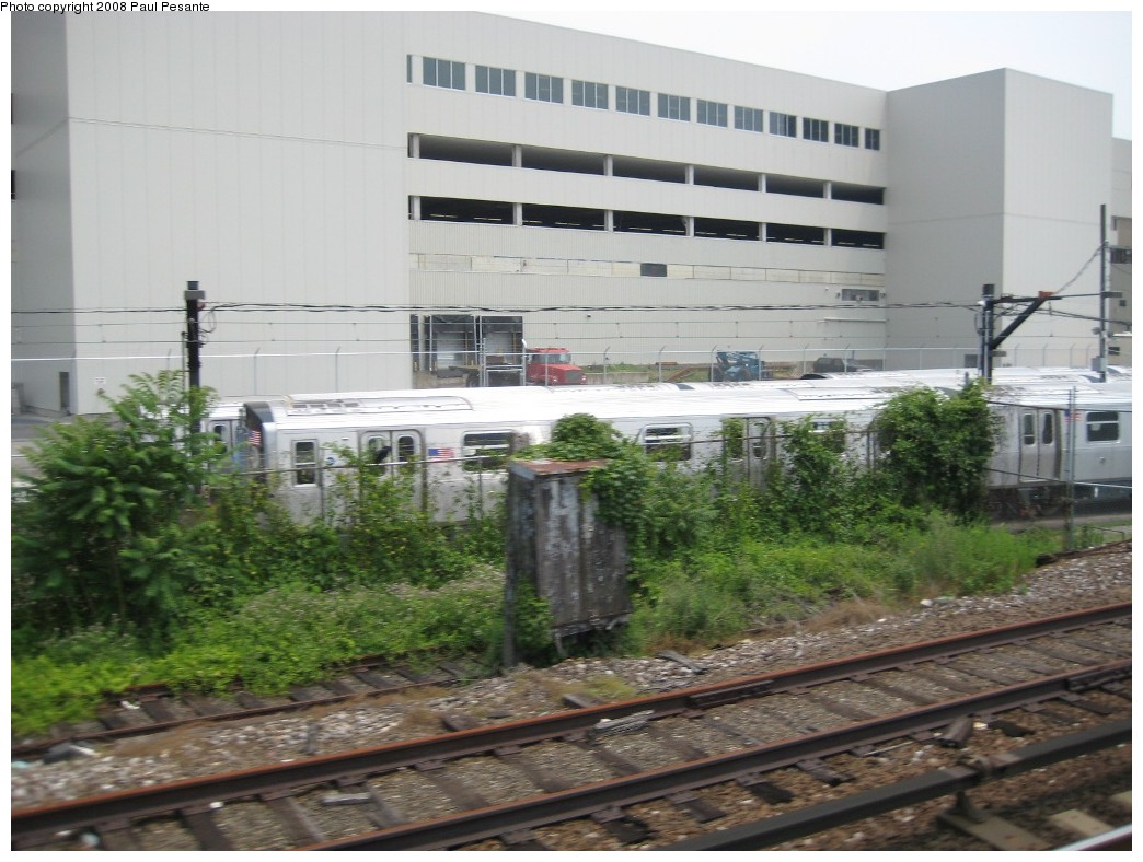 (199k, 1044x788)<br><b>Country:</b> United States<br><b>City:</b> New York<br><b>System:</b> New York City Transit<br><b>Location:</b> Kawasaki Plant, Yonkers, NY<br><b>Car:</b> R-160B (Kawasaki, 2005-2008)   <br><b>Photo by:</b> Paul Pesante<br><b>Date:</b> 6/14/2008<br><b>Viewed (this week/total):</b> 1 / 1375