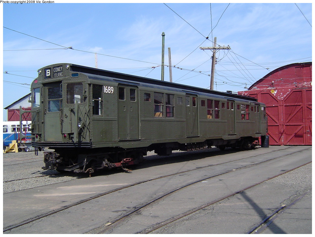 (226k, 1044x788)<br><b>Country:</b> United States<br><b>City:</b> East Haven/Branford, Ct.<br><b>System:</b> Shore Line Trolley Museum <br><b>Car:</b> R-9 (American Car & Foundry, 1940)  1689 <br><b>Photo by:</b> Vic Gordon<br><b>Date:</b> 5/2008<br><b>Viewed (this week/total):</b> 6 / 2705