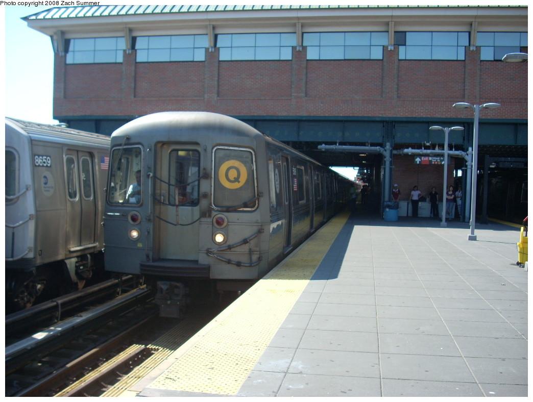 (223k, 1044x788)<br><b>Country:</b> United States<br><b>City:</b> New York<br><b>System:</b> New York City Transit<br><b>Location:</b> Coney Island/Stillwell Avenue<br><b>Route:</b> Q<br><b>Car:</b> R-68A (Kawasaki, 1988-1989)  5018 <br><b>Photo by:</b> Zach Summer<br><b>Date:</b> 6/24/2008<br><b>Viewed (this week/total):</b> 0 / 1322