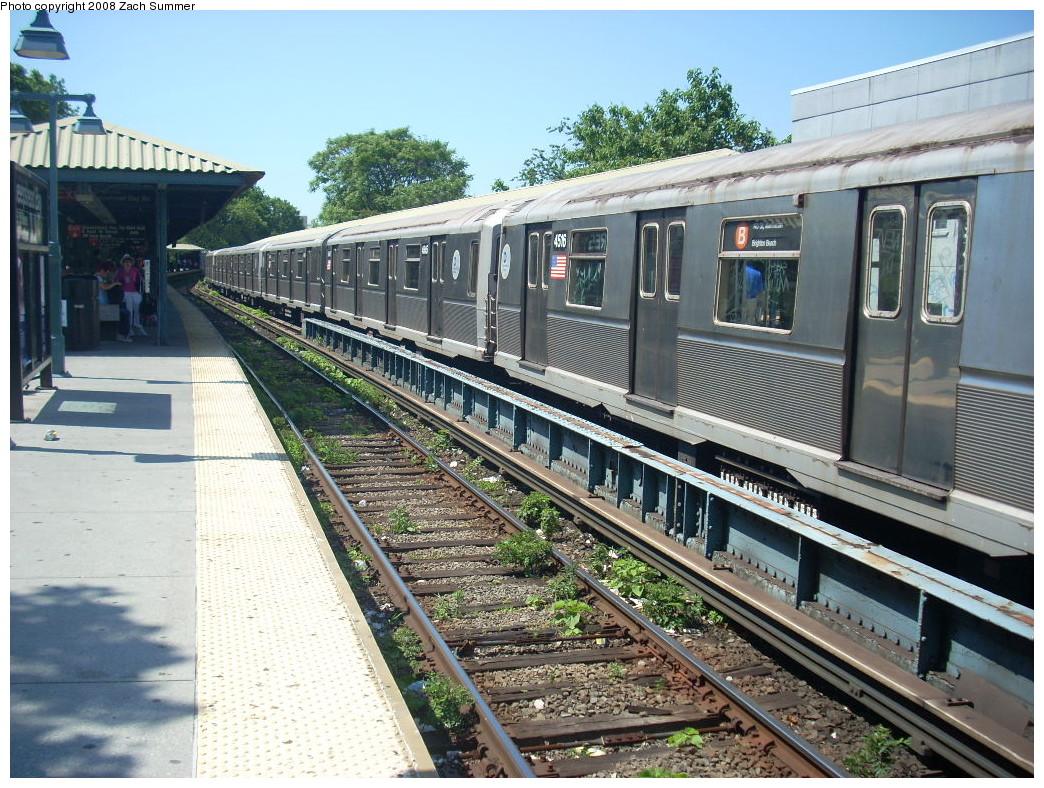 (328k, 1044x788)<br><b>Country:</b> United States<br><b>City:</b> New York<br><b>System:</b> New York City Transit<br><b>Line:</b> BMT Brighton Line<br><b>Location:</b> Sheepshead Bay <br><b>Route:</b> B<br><b>Car:</b> R-40M (St. Louis, 1969)  4516 <br><b>Photo by:</b> Zach Summer<br><b>Date:</b> 6/24/2008<br><b>Viewed (this week/total):</b> 0 / 1313
