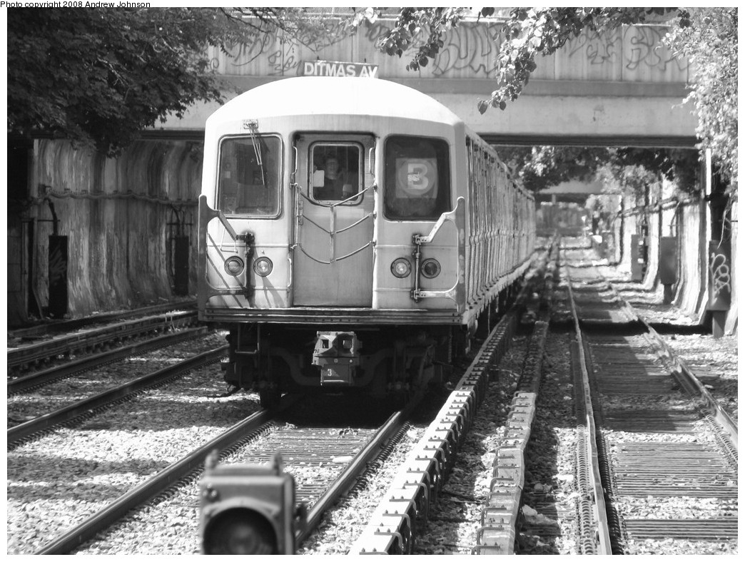 (259k, 1044x788)<br><b>Country:</b> United States<br><b>City:</b> New York<br><b>System:</b> New York City Transit<br><b>Line:</b> BMT Brighton Line<br><b>Location:</b> Newkirk Plaza (fmrly Newkirk Ave.) <br><b>Route:</b> B<br><b>Car:</b> R-40M (St. Louis, 1969)  4451 <br><b>Photo by:</b> Andrew Johnson<br><b>Date:</b> 6/2/2008<br><b>Viewed (this week/total):</b> 2 / 1926