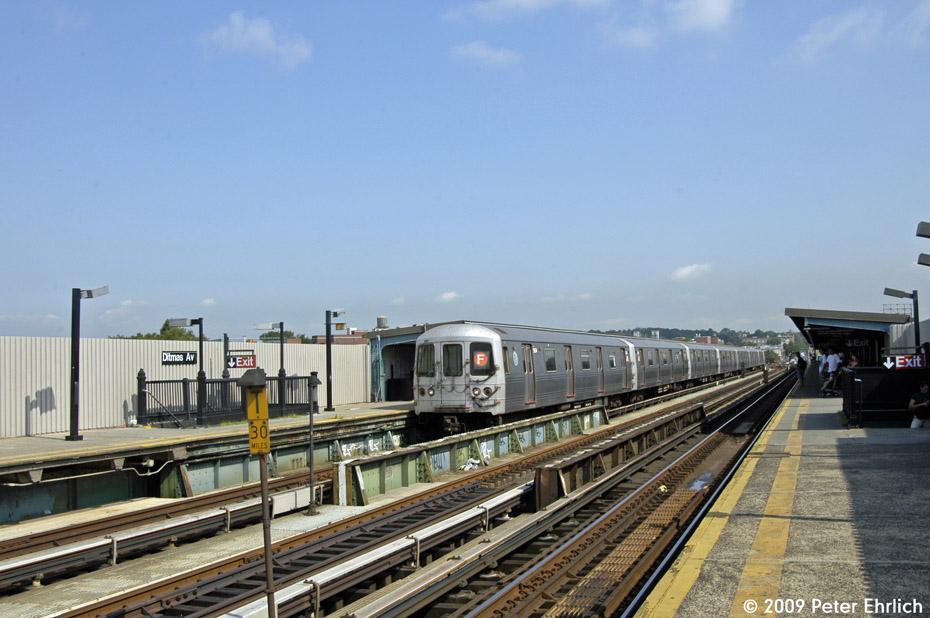 (190k, 930x618)<br><b>Country:</b> United States<br><b>City:</b> New York<br><b>System:</b> New York City Transit<br><b>Line:</b> BMT Culver Line<br><b>Location:</b> Ditmas Avenue <br><b>Route:</b> F<br><b>Car:</b> R-46 (Pullman-Standard, 1974-75) 5854 <br><b>Photo by:</b> Peter Ehrlich<br><b>Date:</b> 7/22/2009<br><b>Notes:</b> Outbound<br><b>Viewed (this week/total):</b> 1 / 834