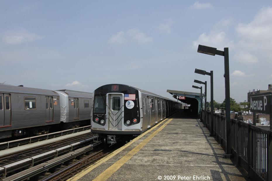 (164k, 930x618)<br><b>Country:</b> United States<br><b>City:</b> New York<br><b>System:</b> New York City Transit<br><b>Line:</b> BMT Culver Line<br><b>Location:</b> Avenue P <br><b>Route:</b> F<br><b>Car:</b> R-46 (Pullman-Standard, 1974-75) 6040 <br><b>Photo by:</b> Peter Ehrlich<br><b>Date:</b> 7/22/2009<br><b>Notes:</b> Outbound; With R160 9477 inbound.<br><b>Viewed (this week/total):</b> 4 / 829