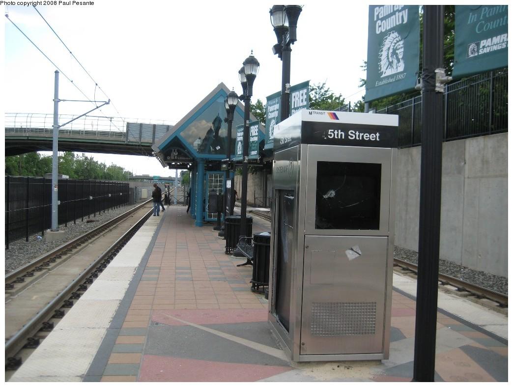 (194k, 1044x788)<br><b>Country:</b> United States<br><b>City:</b> Bayonne, NJ<br><b>System:</b> Hudson Bergen Light Rail<br><b>Location:</b> East 45th Street <br><b>Photo by:</b> Paul Pesante<br><b>Date:</b> 6/19/2008<br><b>Notes:</b> Station view.<br><b>Viewed (this week/total):</b> 0 / 701