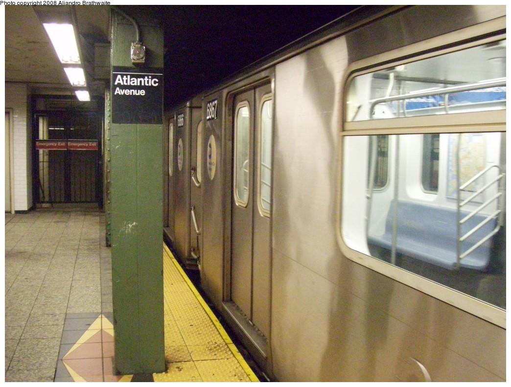 (244k, 1044x791)<br><b>Country:</b> United States<br><b>City:</b> New York<br><b>System:</b> New York City Transit<br><b>Line:</b> IRT Brooklyn Line<br><b>Location:</b> Atlantic Avenue <br><b>Car:</b> R-142 (Primary Order, Bombardier, 1999-2002)  6867 <br><b>Photo by:</b> Aliandro Brathwaite<br><b>Date:</b> 6/24/2008<br><b>Viewed (this week/total):</b> 0 / 2395