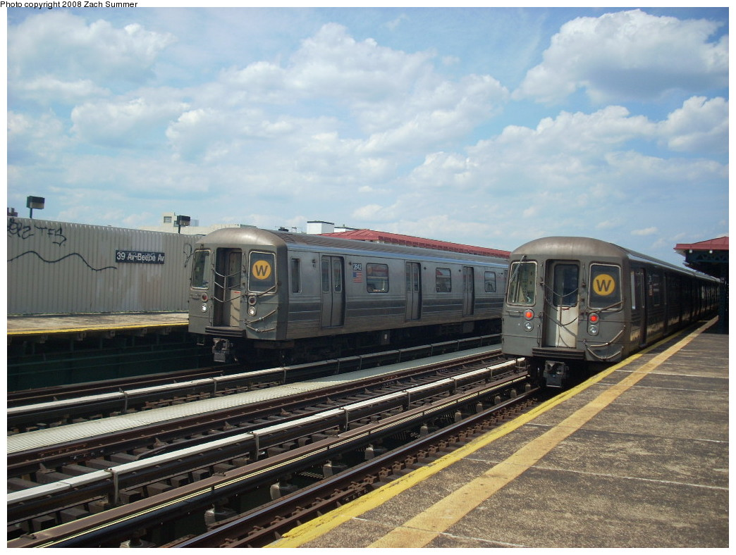 (257k, 1044x788)<br><b>Country:</b> United States<br><b>City:</b> New York<br><b>System:</b> New York City Transit<br><b>Line:</b> BMT Astoria Line<br><b>Location:</b> 39th/Beebe Aves. <br><b>Route:</b> W<br><b>Car:</b> R-68 (Westinghouse-Amrail, 1986-1988)  2842/2790 <br><b>Photo by:</b> Zach Summer<br><b>Date:</b> 6/25/2008<br><b>Viewed (this week/total):</b> 0 / 2290