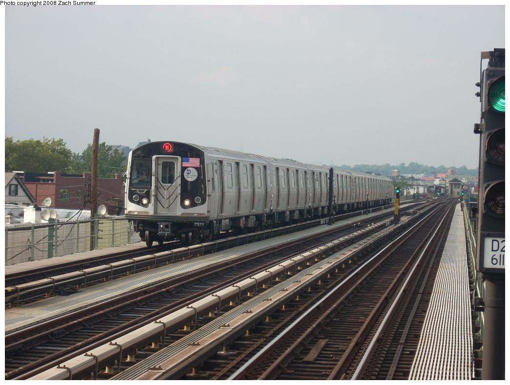 (258k, 1044x788)<br><b>Country:</b> United States<br><b>City:</b> New York<br><b>System:</b> New York City Transit<br><b>Line:</b> BMT West End Line<br><b>Location:</b> 71st Street <br><b>Route:</b> M<br><b>Car:</b> R-160A-1 (Alstom, 2005-2008, 4 car sets)  8512 <br><b>Photo by:</b> Zach Summer<br><b>Date:</b> 6/26/2008<br><b>Viewed (this week/total):</b> 0 / 1594