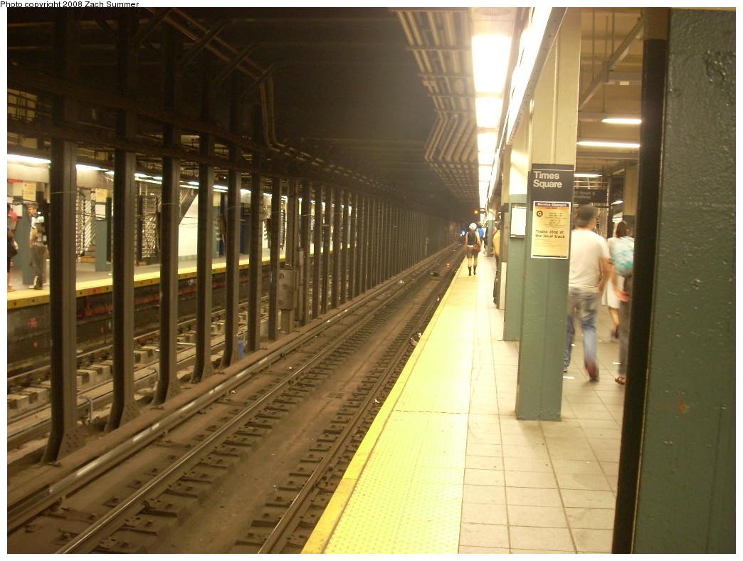 (242k, 1044x788)<br><b>Country:</b> United States<br><b>City:</b> New York<br><b>System:</b> New York City Transit<br><b>Line:</b> BMT Broadway Line<br><b>Location:</b> Times Square/42nd Street <br><b>Photo by:</b> Zach Summer<br><b>Date:</b> 6/29/2008<br><b>Notes:</b> Platform view.<br><b>Viewed (this week/total):</b> 2 / 2199