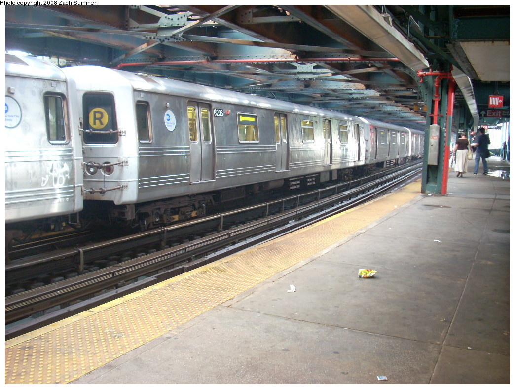 (275k, 1044x788)<br><b>Country:</b> United States<br><b>City:</b> New York<br><b>System:</b> New York City Transit<br><b>Line:</b> BMT Culver Line<br><b>Location:</b> West 8th Street <br><b>Route:</b> F<br><b>Car:</b> R-46 (Pullman-Standard, 1974-75) 6236 <br><b>Photo by:</b> Zach Summer<br><b>Date:</b> 6/29/2008<br><b>Viewed (this week/total):</b> 0 / 2664