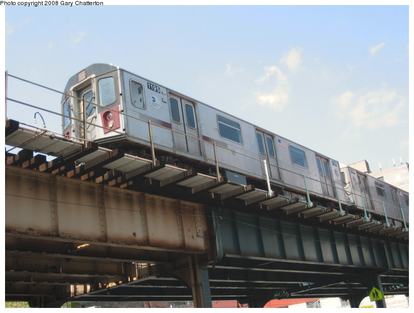 (108k, 820x620)<br><b>Country:</b> United States<br><b>City:</b> New York<br><b>System:</b> New York City Transit<br><b>Line:</b> IRT Woodlawn Line<br><b>Location:</b> 183rd Street <br><b>Route:</b> 4<br><b>Car:</b> R-142 (Option Order, Bombardier, 2002-2003)  1195 <br><b>Photo by:</b> Gary Chatterton<br><b>Date:</b> 5/4/2008<br><b>Viewed (this week/total):</b> 0 / 2059