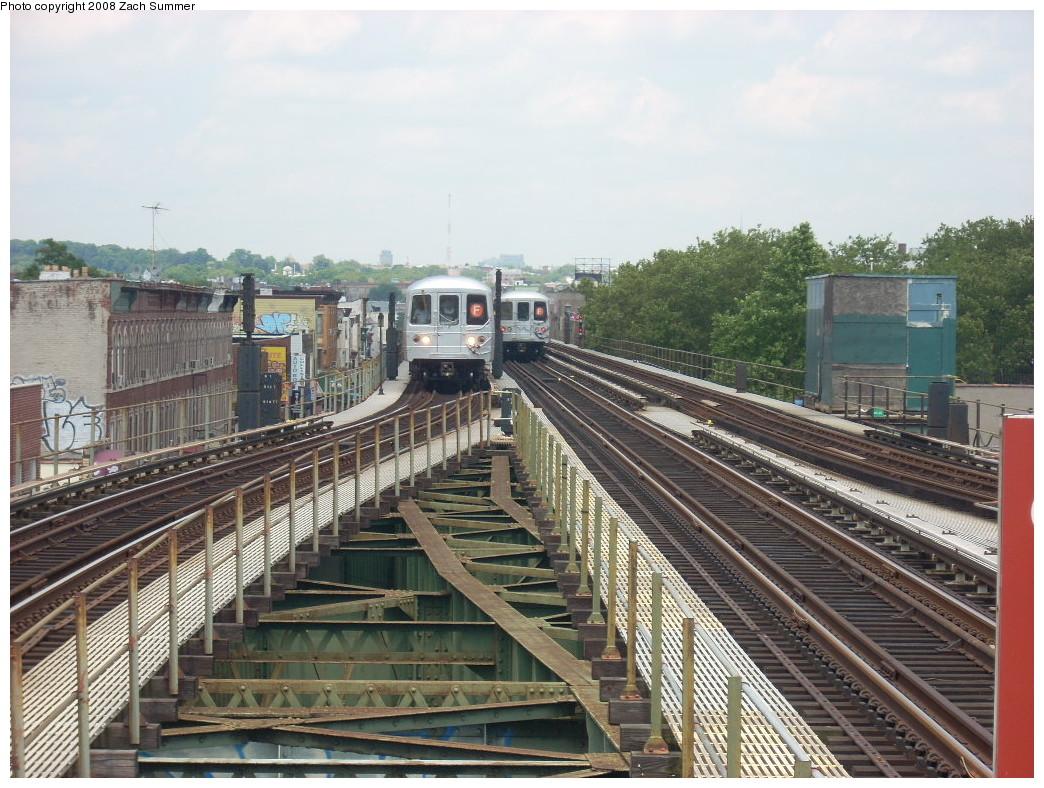 (293k, 1044x788)<br><b>Country:</b> United States<br><b>City:</b> New York<br><b>System:</b> New York City Transit<br><b>Line:</b> BMT Culver Line<br><b>Location:</b> 18th Avenue <br><b>Route:</b> F<br><b>Car:</b> R-46 (Pullman-Standard, 1974-75)  <br><b>Photo by:</b> Zach Summer<br><b>Date:</b> 6/30/2008<br><b>Viewed (this week/total):</b> 2 / 1924