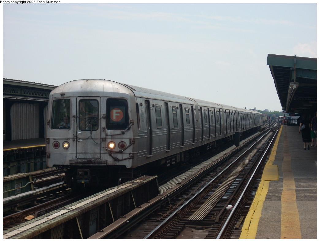 (219k, 1044x788)<br><b>Country:</b> United States<br><b>City:</b> New York<br><b>System:</b> New York City Transit<br><b>Line:</b> BMT Culver Line<br><b>Location:</b> Avenue I <br><b>Route:</b> F<br><b>Car:</b> R-46 (Pullman-Standard, 1974-75)  <br><b>Photo by:</b> Zach Summer<br><b>Date:</b> 6/30/2008<br><b>Viewed (this week/total):</b> 0 / 1374