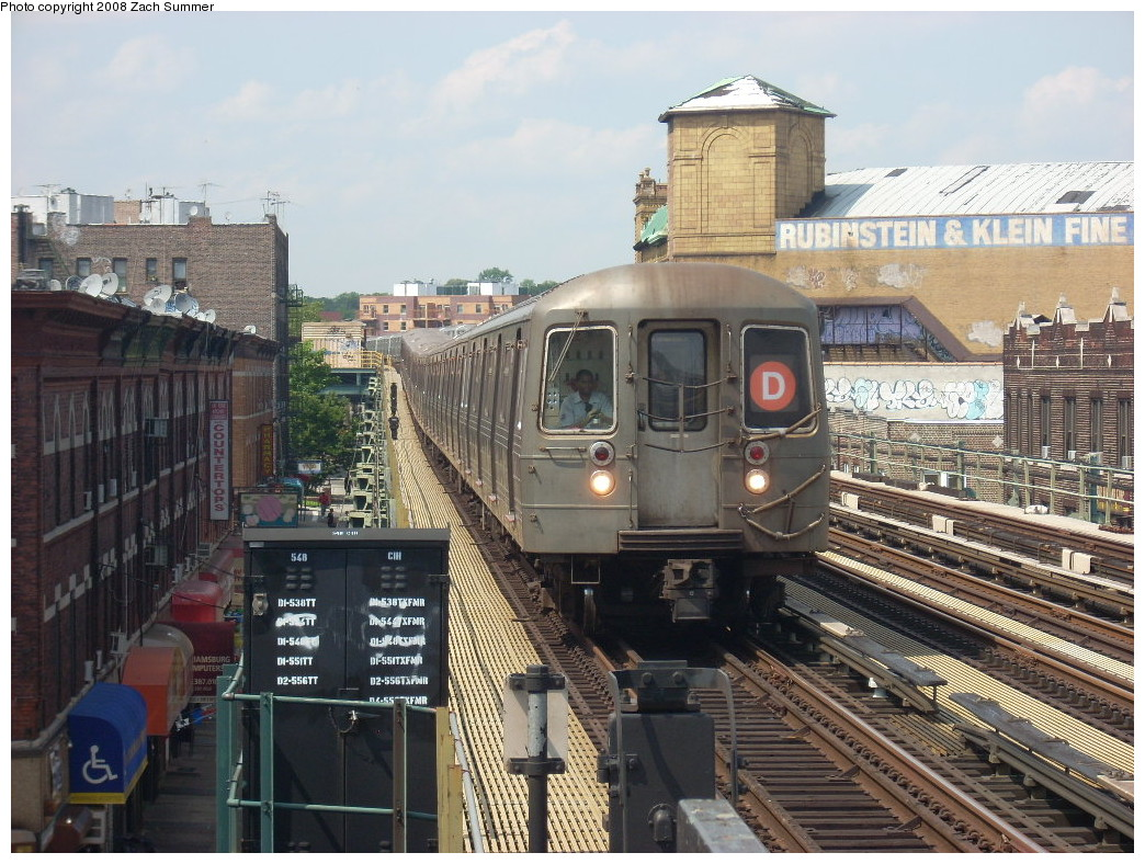 (299k, 1044x788)<br><b>Country:</b> United States<br><b>City:</b> New York<br><b>System:</b> New York City Transit<br><b>Line:</b> BMT West End Line<br><b>Location:</b> 50th Street <br><b>Route:</b> D<br><b>Car:</b> R-68 (Westinghouse-Amrail, 1986-1988)   <br><b>Photo by:</b> Zach Summer<br><b>Date:</b> 6/30/2008<br><b>Viewed (this week/total):</b> 2 / 1556