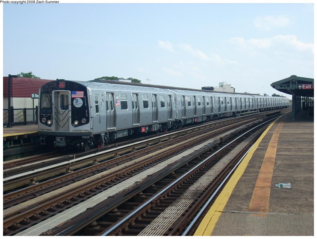 (267k, 1044x788)<br><b>Country:</b> United States<br><b>City:</b> New York<br><b>System:</b> New York City Transit<br><b>Line:</b> BMT West End Line<br><b>Location:</b> 55th Street <br><b>Route:</b> M<br><b>Car:</b> R-160A-1 (Alstom, 2005-2008, 4 car sets)  8529 <br><b>Photo by:</b> Zach Summer<br><b>Date:</b> 6/30/2008<br><b>Viewed (this week/total):</b> 1 / 1423