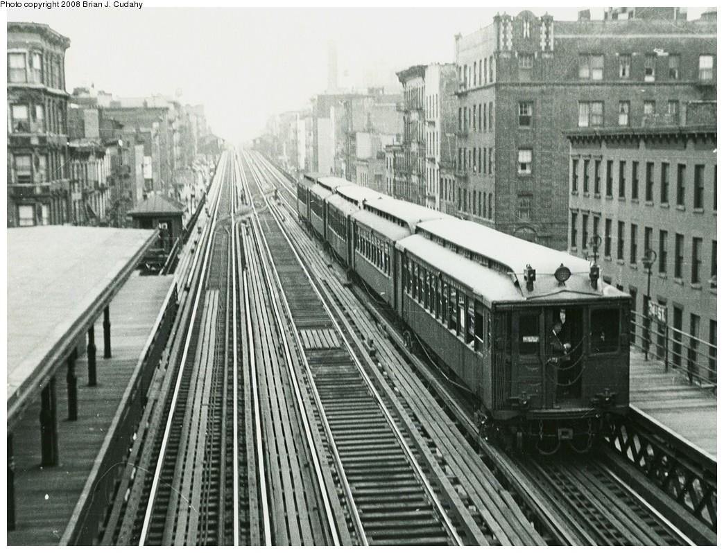 (262k, 1044x798)<br><b>Country:</b> United States<br><b>City:</b> New York<br><b>System:</b> New York City Transit<br><b>Line:</b> 3rd Avenue El<br><b>Location:</b> 34th Street <br><b>Car:</b> MUDC  <br><b>Photo by:</b> Brian J. Cudahy<br><b>Date:</b> 1955<br><b>Viewed (this week/total):</b> 0 / 2568