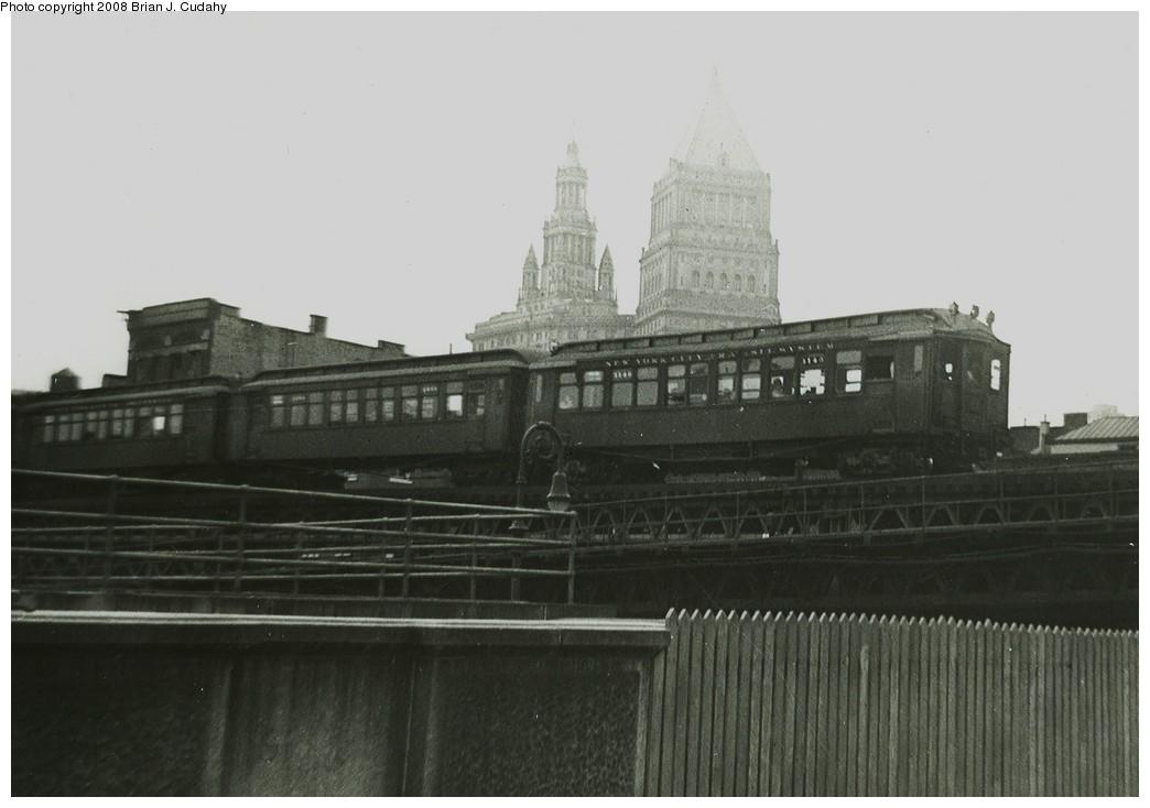 (137k, 1044x734)<br><b>Country:</b> United States<br><b>City:</b> New York<br><b>System:</b> New York City Transit<br><b>Line:</b> 3rd Avenue El<br><b>Location:</b> Canal Street <br><b>Car:</b> MUDC  <br><b>Photo by:</b> Brian J. Cudahy<br><b>Date:</b> 1954<br><b>Viewed (this week/total):</b> 0 / 2174