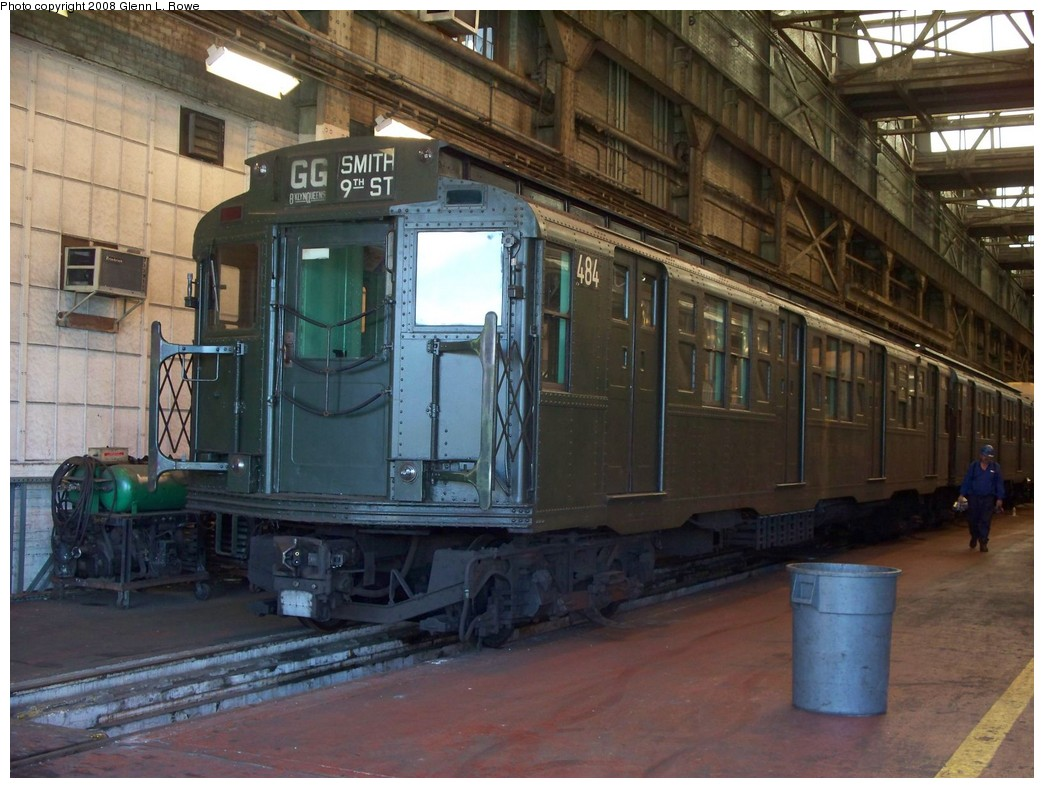(222k, 1044x788)<br><b>Country:</b> United States<br><b>City:</b> New York<br><b>System:</b> New York City Transit<br><b>Location:</b> 207th Street Shop<br><b>Car:</b> R-4 (American Car & Foundry, 1932-1933) 484 <br><b>Photo by:</b> Glenn L. Rowe<br><b>Date:</b> 7/10/2008<br><b>Viewed (this week/total):</b> 1 / 2210