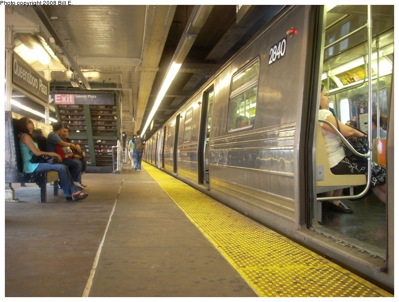 (174k, 820x620)<br><b>Country:</b> United States<br><b>City:</b> New York<br><b>System:</b> New York City Transit<br><b>Line:</b> BMT Astoria Line<br><b>Location:</b> Queensborough Plaza <br><b>Route:</b> W<br><b>Car:</b> R-68 (Westinghouse-Amrail, 1986-1988)   <br><b>Photo by:</b> Bill E.<br><b>Date:</b> 7/8/2008<br><b>Viewed (this week/total):</b> 0 / 2326