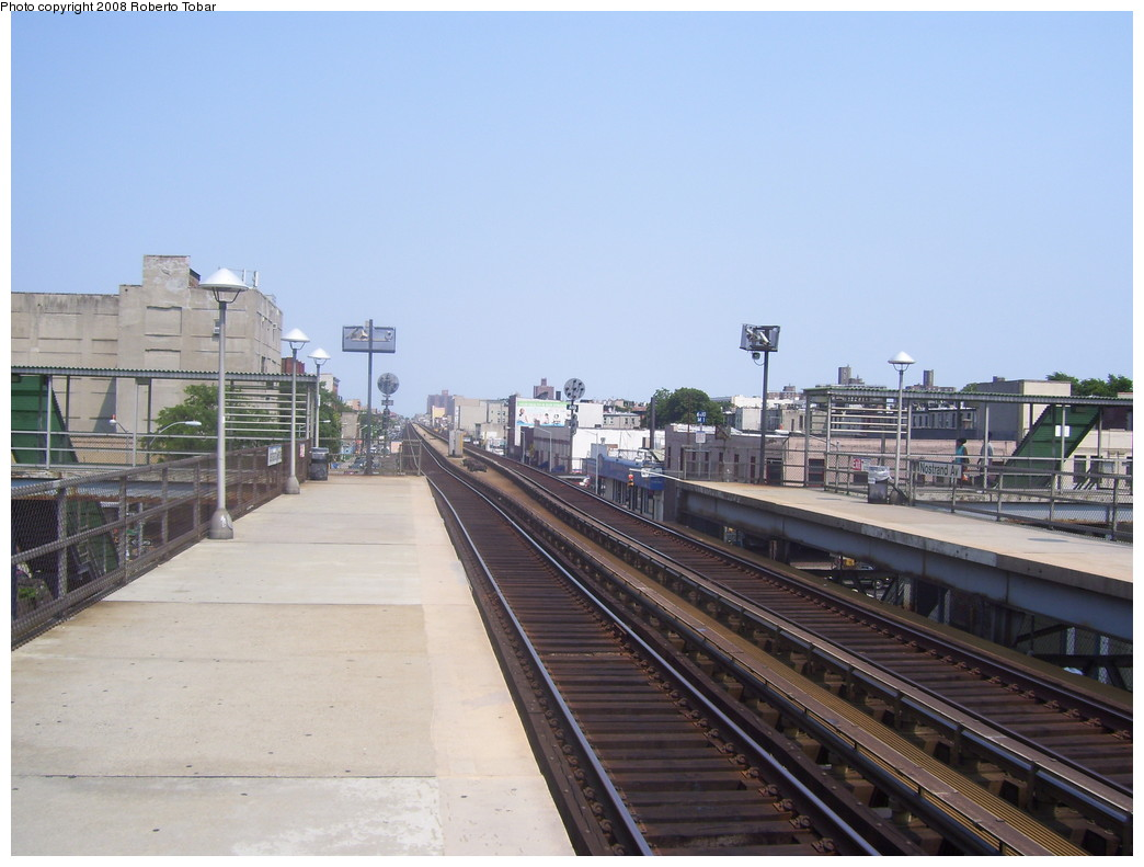 (194k, 1044x791)<br><b>Country:</b> United States<br><b>City:</b> New York<br><b>System:</b> Long Island Rail Road<br><b>Line:</b> LIRR Flatbush Ave.<br><b>Location:</b> Nostrand Avenue <br><b>Photo by:</b> Roberto C. Tobar<br><b>Date:</b> 7/12/2008<br><b>Notes:</b> Platform view.<br><b>Viewed (this week/total):</b> 0 / 1847