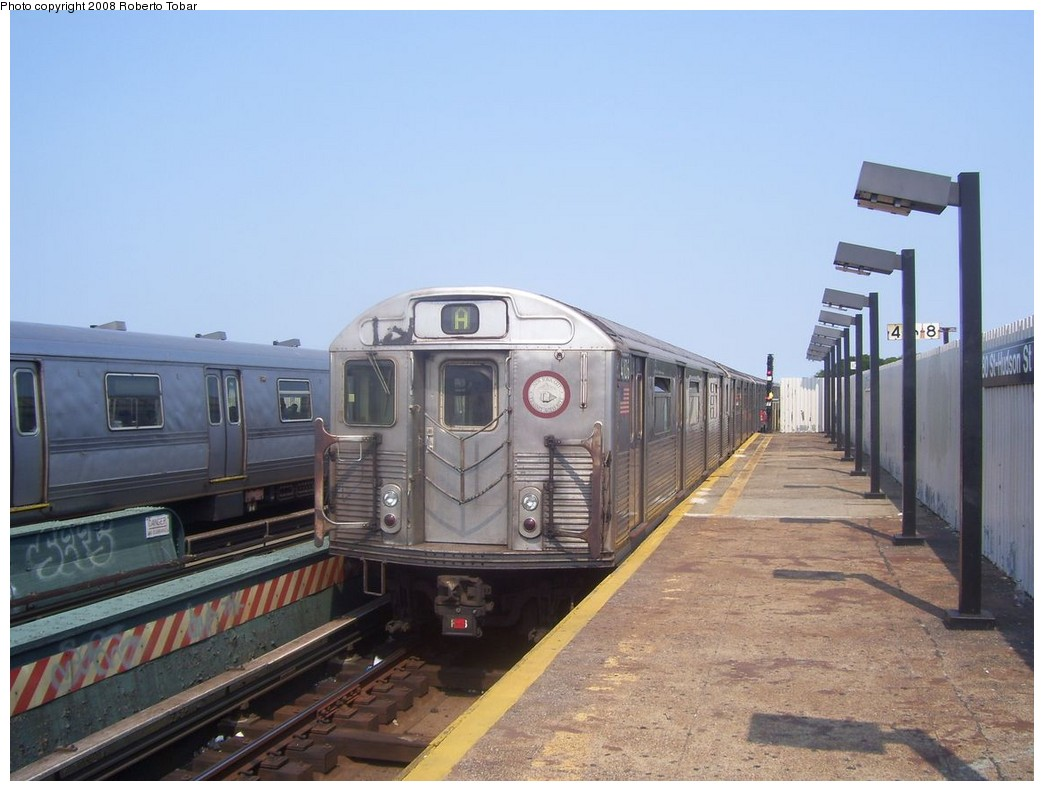 (183k, 1044x791)<br><b>Country:</b> United States<br><b>City:</b> New York<br><b>System:</b> New York City Transit<br><b>Line:</b> IND Fulton Street Line<br><b>Location:</b> 80th Street/Hudson Street <br><b>Route:</b> A<br><b>Car:</b> R-38 (St. Louis, 1966-1967)  4106 <br><b>Photo by:</b> Roberto C. Tobar<br><b>Date:</b> 7/12/2008<br><b>Viewed (this week/total):</b> 5 / 1129