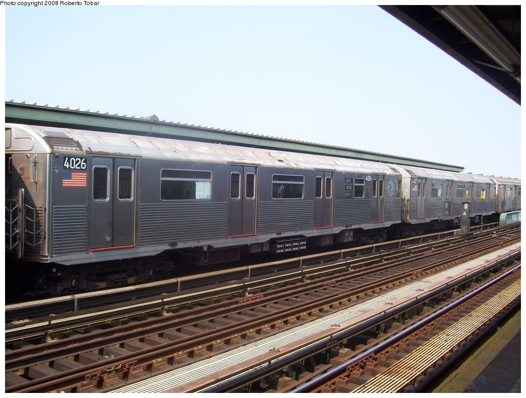 (222k, 1044x791)<br><b>Country:</b> United States<br><b>City:</b> New York<br><b>System:</b> New York City Transit<br><b>Line:</b> IND Fulton Street Line<br><b>Location:</b> 80th Street/Hudson Street <br><b>Route:</b> A<br><b>Car:</b> R-38 (St. Louis, 1966-1967)  4026 <br><b>Photo by:</b> Roberto C. Tobar<br><b>Date:</b> 7/12/2008<br><b>Viewed (this week/total):</b> 3 / 1332