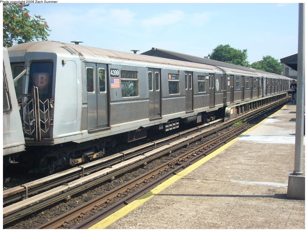 (318k, 1044x788)<br><b>Country:</b> United States<br><b>City:</b> New York<br><b>System:</b> New York City Transit<br><b>Line:</b> BMT Brighton Line<br><b>Location:</b> Kings Highway <br><b>Route:</b> B<br><b>Car:</b> R-40 (St. Louis, 1968)  4399 <br><b>Photo by:</b> Zach Summer<br><b>Date:</b> 7/1/2008<br><b>Viewed (this week/total):</b> 3 / 1214