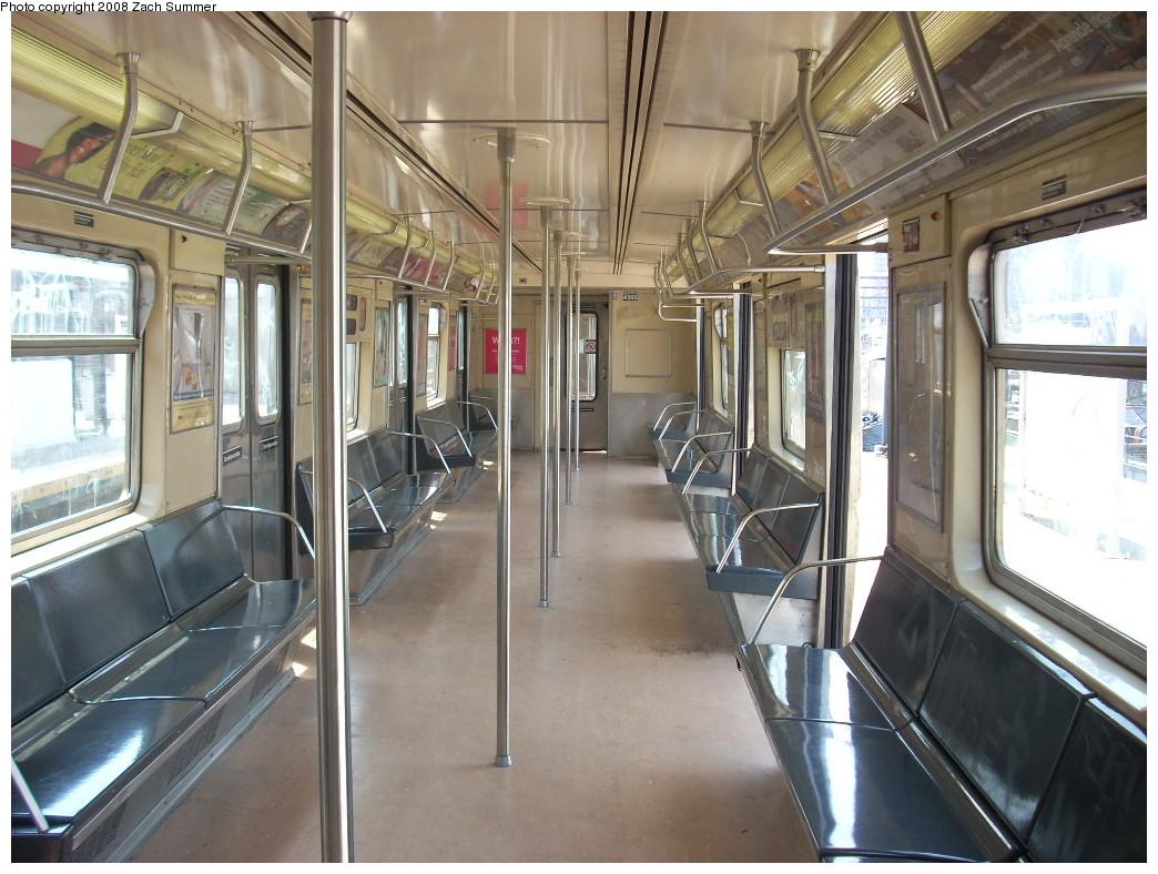 (264k, 1044x788)<br><b>Country:</b> United States<br><b>City:</b> New York<br><b>System:</b> New York City Transit<br><b>Route:</b> B<br><b>Car:</b> R-40 (St. Louis, 1968)  4295 <br><b>Photo by:</b> Zach Summer<br><b>Date:</b> 7/3/2008<br><b>Viewed (this week/total):</b> 0 / 1122
