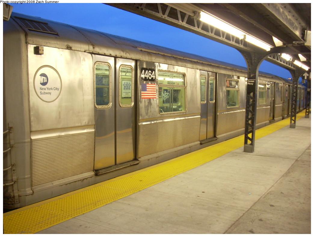 (233k, 1044x788)<br><b>Country:</b> United States<br><b>City:</b> New York<br><b>System:</b> New York City Transit<br><b>Line:</b> BMT Brighton Line<br><b>Location:</b> Ocean Parkway <br><b>Route:</b> B<br><b>Car:</b> R-40M (St. Louis, 1969)  4464 <br><b>Photo by:</b> Zach Summer<br><b>Date:</b> 7/3/2008<br><b>Viewed (this week/total):</b> 4 / 1196