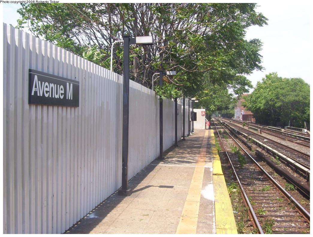 (299k, 1044x791)<br><b>Country:</b> United States<br><b>City:</b> New York<br><b>System:</b> New York City Transit<br><b>Line:</b> BMT Brighton Line<br><b>Location:</b> Avenue M <br><b>Photo by:</b> Roberto C. Tobar<br><b>Date:</b> 7/19/2008<br><b>Viewed (this week/total):</b> 0 / 1366