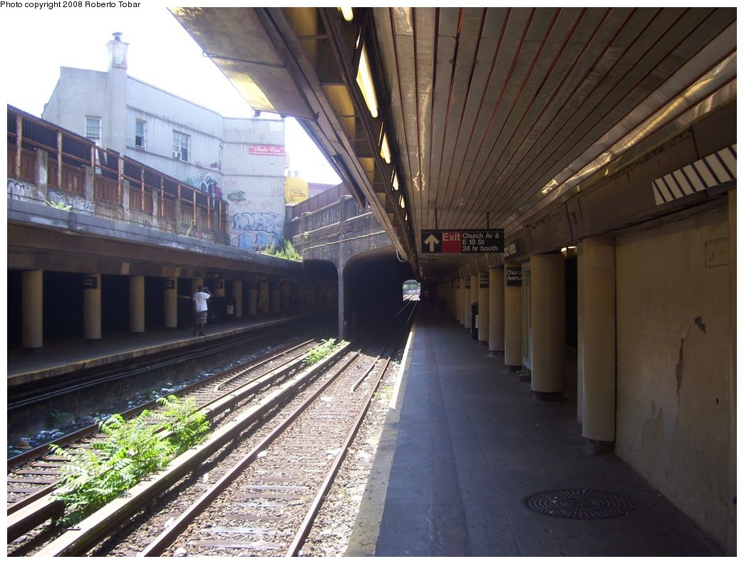 (226k, 1044x791)<br><b>Country:</b> United States<br><b>City:</b> New York<br><b>System:</b> New York City Transit<br><b>Line:</b> BMT Brighton Line<br><b>Location:</b> Church Avenue <br><b>Photo by:</b> Roberto C. Tobar<br><b>Date:</b> 7/19/2008<br><b>Viewed (this week/total):</b> 0 / 1949