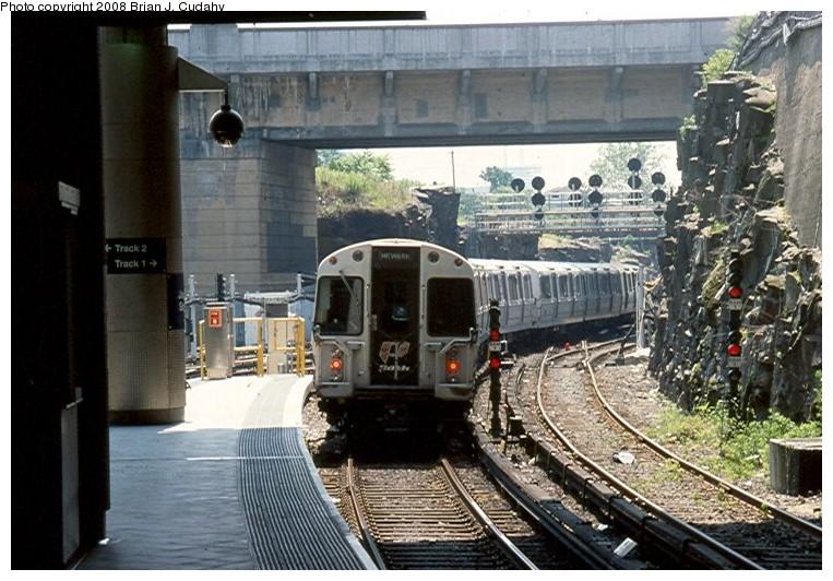 (149k, 763x532)<br><b>Country:</b> United States<br><b>City:</b> Jersey City, NJ<br><b>System:</b> PATH<br><b>Location:</b> Journal Square <br><b>Photo by:</b> Brian J. Cudahy<br><b>Date:</b> 7/2002<br><b>Viewed (this week/total):</b> 0 / 1599