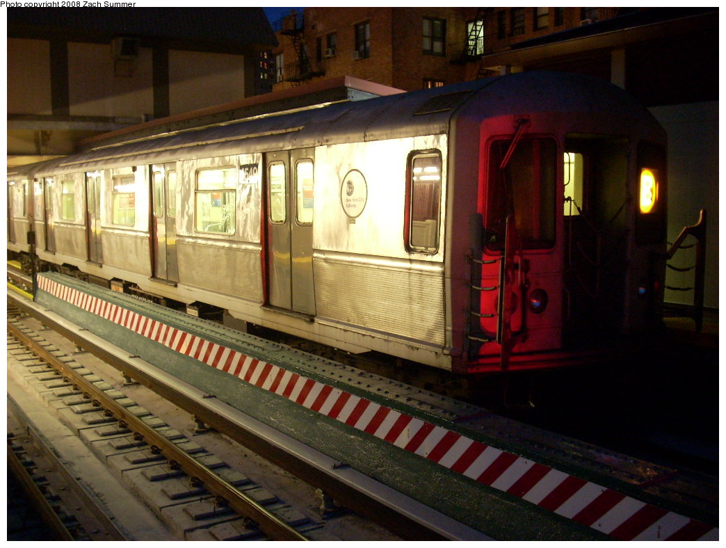 (253k, 1044x788)<br><b>Country:</b> United States<br><b>City:</b> New York<br><b>System:</b> New York City Transit<br><b>Line:</b> BMT Brighton Line<br><b>Location:</b> Ocean Parkway <br><b>Route:</b> B<br><b>Car:</b> R-40M (St. Louis, 1969)  4549 <br><b>Photo by:</b> Zach Summer<br><b>Date:</b> 7/3/2008<br><b>Viewed (this week/total):</b> 1 / 1470