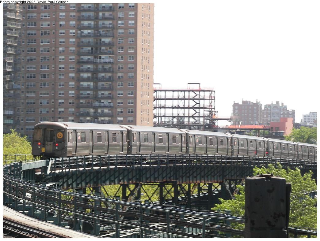 (296k, 1044x788)<br><b>Country:</b> United States<br><b>City:</b> New York<br><b>System:</b> New York City Transit<br><b>Line:</b> BMT Brighton Line<br><b>Location:</b> West 8th Street <br><b>Car:</b> R-68/R-68A Series (Number Unknown)  <br><b>Photo by:</b> David-Paul Gerber<br><b>Date:</b> 7/13/2008<br><b>Viewed (this week/total):</b> 0 / 1543