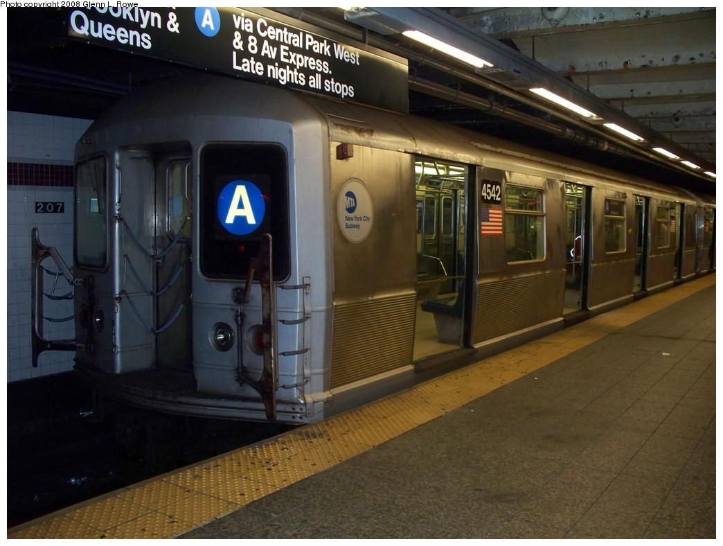 (203k, 1044x788)<br><b>Country:</b> United States<br><b>City:</b> New York<br><b>System:</b> New York City Transit<br><b>Line:</b> IND 8th Avenue Line<br><b>Location:</b> 207th Street <br><b>Route:</b> A<br><b>Car:</b> R-40M (St. Louis, 1969)  4542 <br><b>Photo by:</b> Glenn L. Rowe<br><b>Date:</b> 7/23/2008<br><b>Viewed (this week/total):</b> 1 / 1821