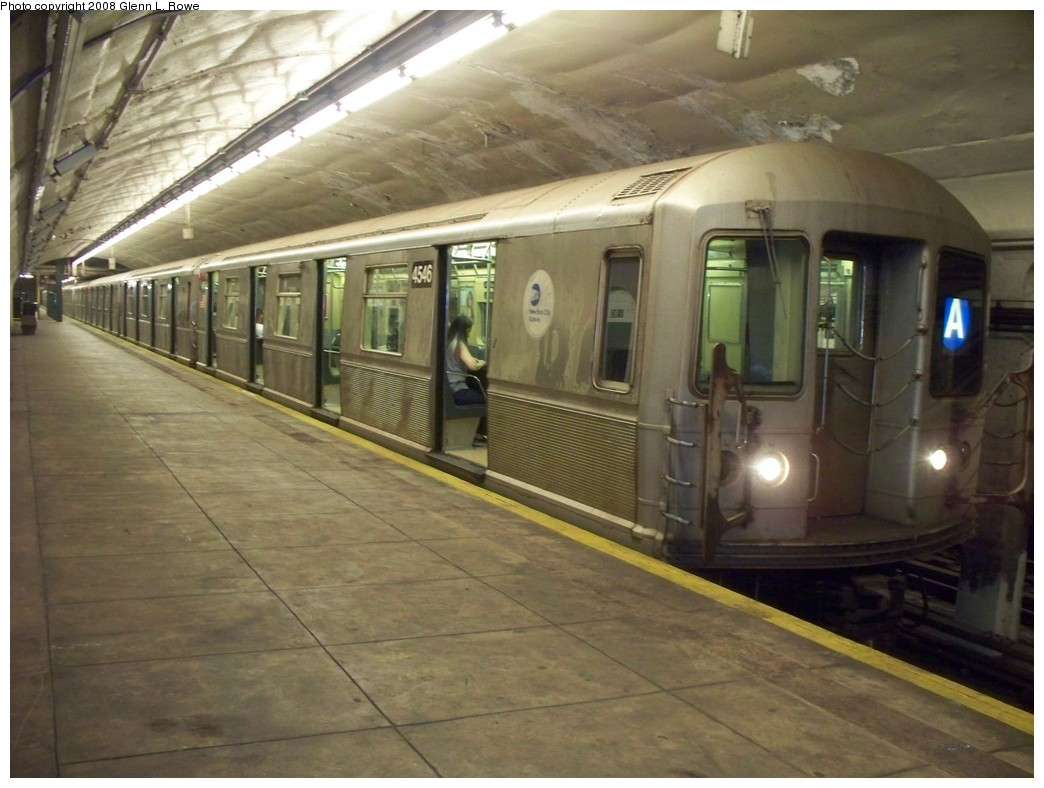 (194k, 1044x788)<br><b>Country:</b> United States<br><b>City:</b> New York<br><b>System:</b> New York City Transit<br><b>Line:</b> IND 8th Avenue Line<br><b>Location:</b> 190th Street/Overlook Terrace <br><b>Route:</b> A<br><b>Car:</b> R-40M (St. Louis, 1969)  4546 <br><b>Photo by:</b> Glenn L. Rowe<br><b>Date:</b> 7/23/2008<br><b>Viewed (this week/total):</b> 0 / 1937