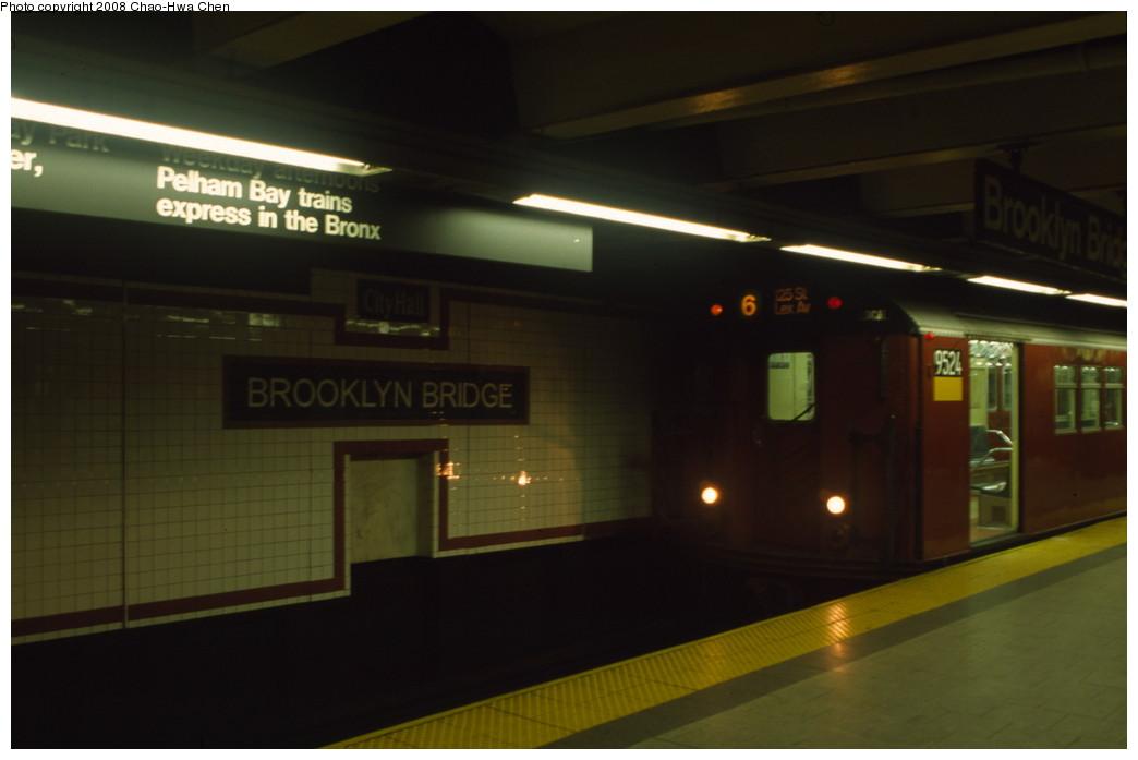 (106k, 1044x697)<br><b>Country:</b> United States<br><b>City:</b> New York<br><b>System:</b> New York City Transit<br><b>Line:</b> IRT East Side Line<br><b>Location:</b> Brooklyn Bridge/City Hall <br><b>Route:</b> 6<br><b>Car:</b> R-36 Main Line (St. Louis, 1964) 9524 <br><b>Photo by:</b> Chao-Hwa Chen<br><b>Date:</b> 6/17/2001<br><b>Viewed (this week/total):</b> 2 / 3023