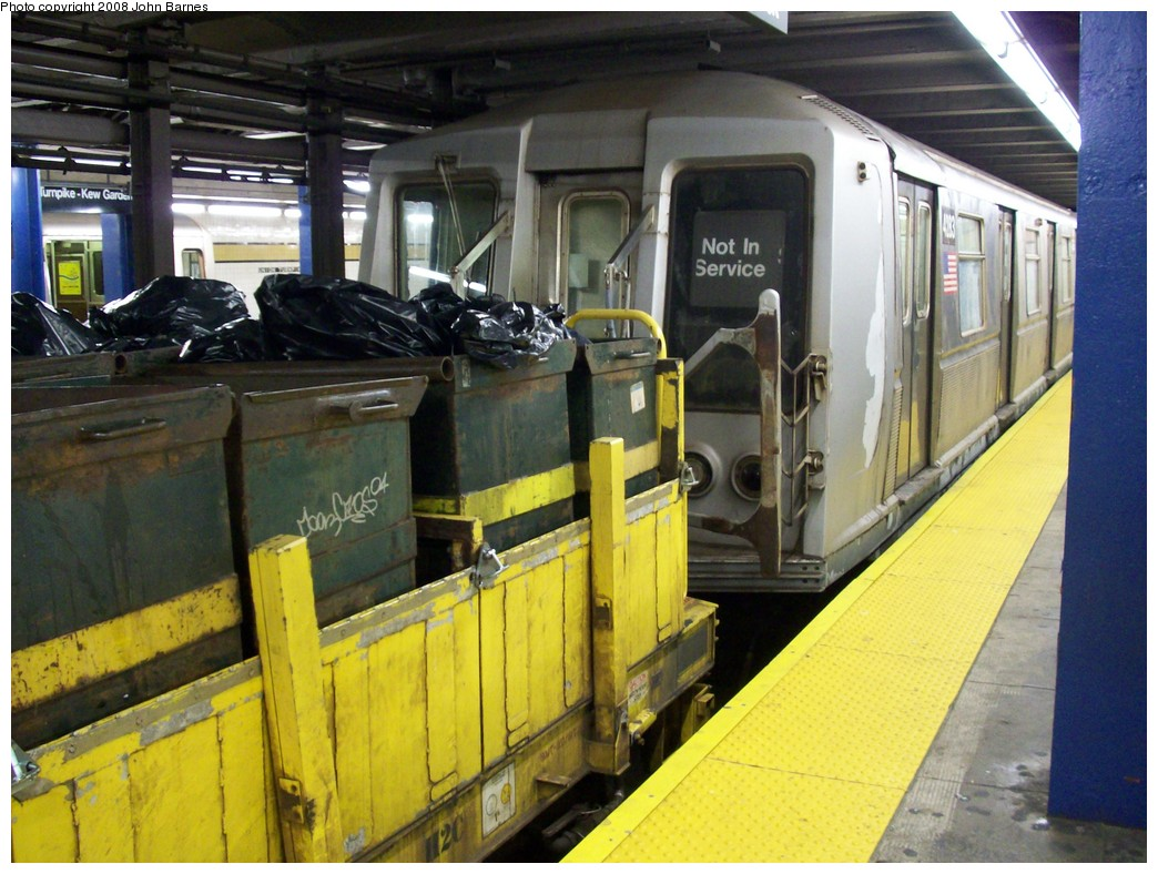 (230k, 1044x788)<br><b>Country:</b> United States<br><b>City:</b> New York<br><b>System:</b> New York City Transit<br><b>Line:</b> IND Queens Boulevard Line<br><b>Location:</b> Union Turnpike/Kew Gardens <br><b>Route:</b> Work Service<br><b>Car:</b> R-40 (St. Louis, 1968)  4283 <br><b>Photo by:</b> John Barnes<br><b>Date:</b> 7/25/2008<br><b>Viewed (this week/total):</b> 4 / 1432