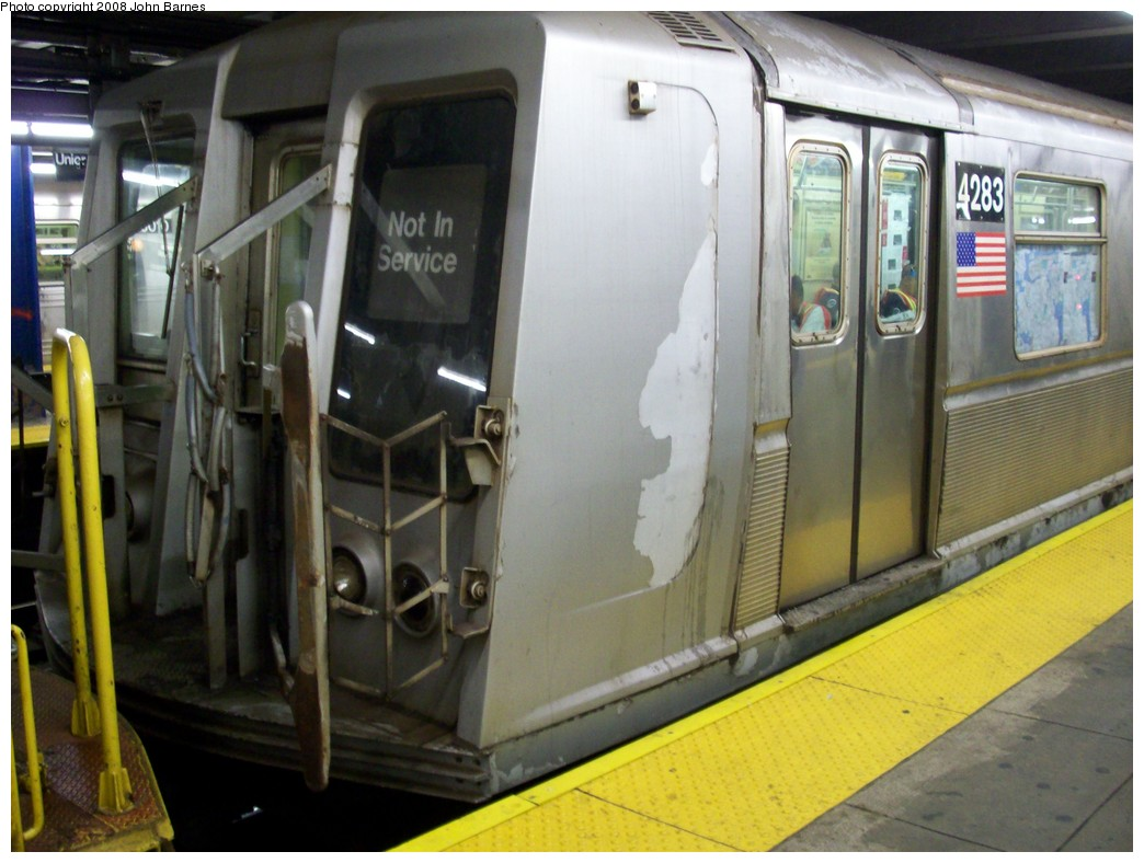 (195k, 1044x788)<br><b>Country:</b> United States<br><b>City:</b> New York<br><b>System:</b> New York City Transit<br><b>Line:</b> IND Queens Boulevard Line<br><b>Location:</b> Union Turnpike/Kew Gardens <br><b>Route:</b> Work Service<br><b>Car:</b> R-40 (St. Louis, 1968)  4283 <br><b>Photo by:</b> John Barnes<br><b>Date:</b> 7/25/2008<br><b>Viewed (this week/total):</b> 1 / 2037