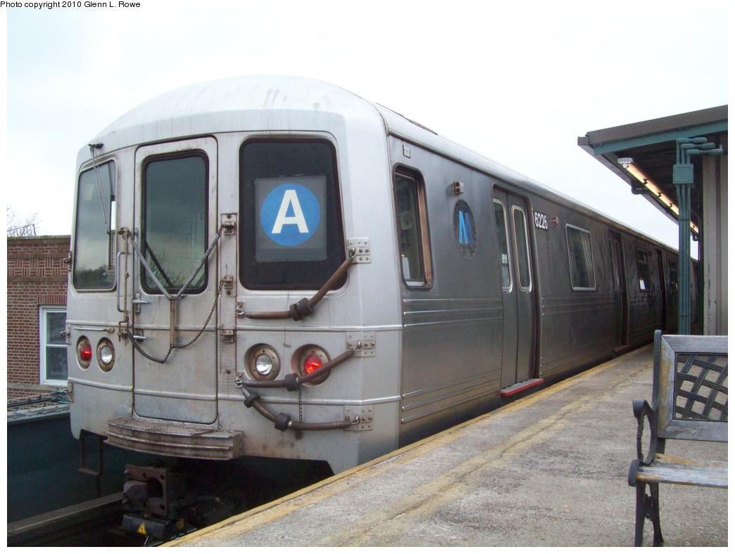 (183k, 1044x788)<br><b>Country:</b> United States<br><b>City:</b> New York<br><b>System:</b> New York City Transit<br><b>Line:</b> IND Fulton Street Line<br><b>Location:</b> Lefferts Boulevard <br><b>Route:</b> A<br><b>Car:</b> R-46 (Pullman-Standard, 1974-75) 6226 <br><b>Photo by:</b> Glenn L. Rowe<br><b>Date:</b> 3/23/2010<br><b>Viewed (this week/total):</b> 0 / 1113