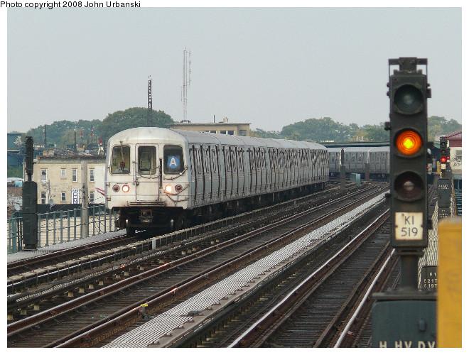 (130k, 660x500)<br><b>Country:</b> United States<br><b>City:</b> New York<br><b>System:</b> New York City Transit<br><b>Line:</b> IND Fulton Street Line<br><b>Location:</b> 88th Street/Boyd Avenue <br><b>Route:</b> A<br><b>Car:</b> R-44 (St. Louis, 1971-73) 5376 <br><b>Photo by:</b> John Urbanski<br><b>Date:</b> 7/26/2008<br><b>Viewed (this week/total):</b> 2 / 1753