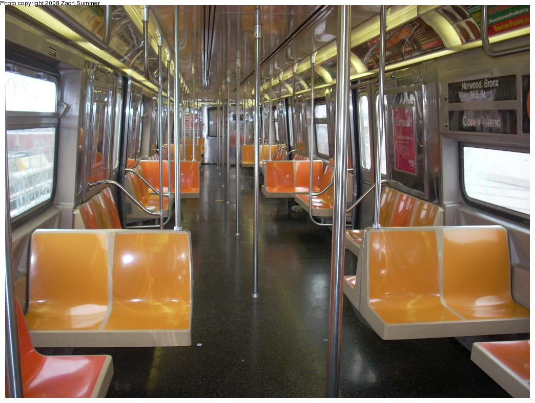(263k, 1044x788)<br><b>Country:</b> United States<br><b>City:</b> New York<br><b>System:</b> New York City Transit<br><b>Route:</b> D<br><b>Car:</b> R-68 (Westinghouse-Amrail, 1986-1988)  2768 <br><b>Photo by:</b> Zach Summer<br><b>Date:</b> 7/6/2008<br><b>Viewed (this week/total):</b> 0 / 1543