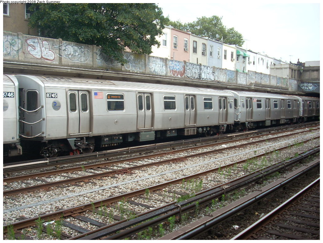 (348k, 1044x788)<br><b>Country:</b> United States<br><b>City:</b> New York<br><b>System:</b> New York City Transit<br><b>Line:</b> BMT Sea Beach Line<br><b>Location:</b> 86th Street <br><b>Route:</b> N<br><b>Car:</b> R-160B (Kawasaki, 2005-2008)  8745 <br><b>Photo by:</b> Zach Summer<br><b>Date:</b> 7/9/2008<br><b>Viewed (this week/total):</b> 0 / 1437