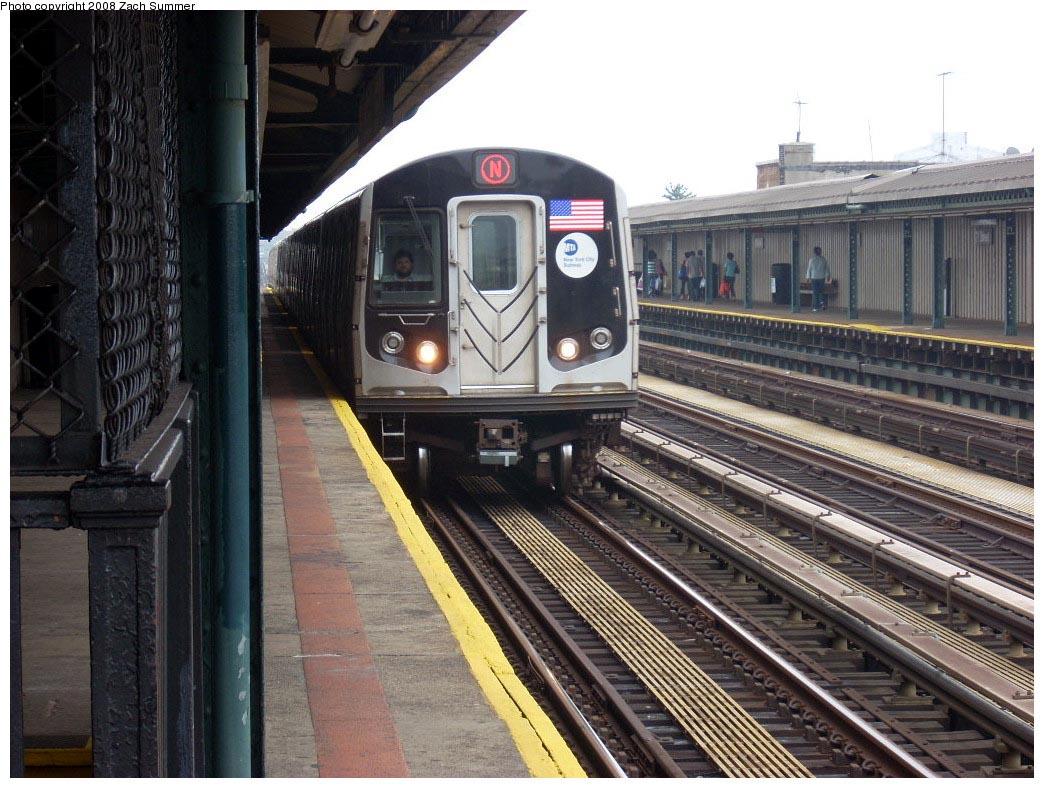 (195k, 1044x788)<br><b>Country:</b> United States<br><b>City:</b> New York<br><b>System:</b> New York City Transit<br><b>Line:</b> BMT West End Line<br><b>Location:</b> 71st Street <br><b>Route:</b> N reroute<br><b>Car:</b> R-160B (Kawasaki, 2005-2008)  8827 <br><b>Photo by:</b> Zach Summer<br><b>Date:</b> 7/6/2008<br><b>Viewed (this week/total):</b> 4 / 1482