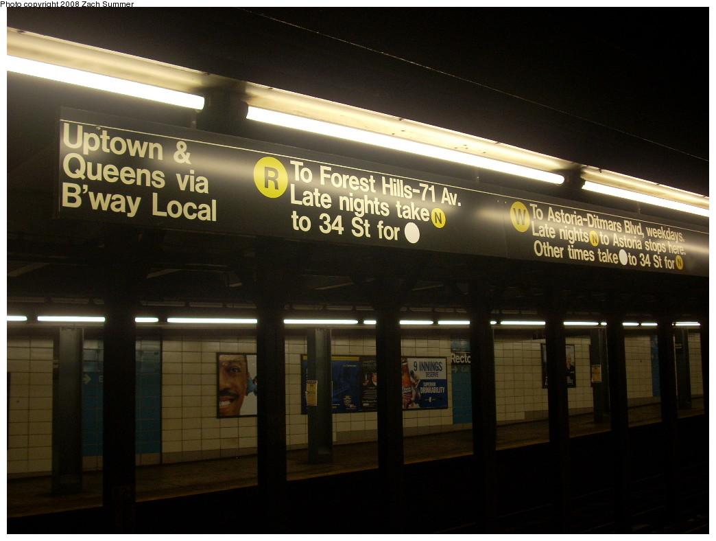 (208k, 1044x788)<br><b>Country:</b> United States<br><b>City:</b> New York<br><b>System:</b> New York City Transit<br><b>Line:</b> BMT Broadway Line<br><b>Location:</b> Rector Street <br><b>Photo by:</b> Zach Summer<br><b>Date:</b> 7/8/2008<br><b>Notes:</b> Midtown & Queens signage.<br><b>Viewed (this week/total):</b> 1 / 2572