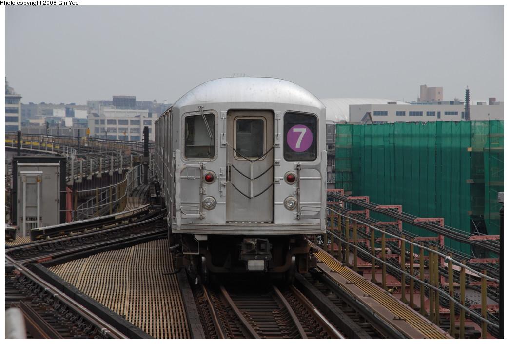 (208k, 1044x705)<br><b>Country:</b> United States<br><b>City:</b> New York<br><b>System:</b> New York City Transit<br><b>Line:</b> IRT Flushing Line<br><b>Location:</b> Queensborough Plaza <br><b>Route:</b> 7<br><b>Car:</b> R-62A (Bombardier, 1984-1987)   <br><b>Photo by:</b> Gin Yee<br><b>Date:</b> 7/30/2008<br><b>Viewed (this week/total):</b> 0 / 1596