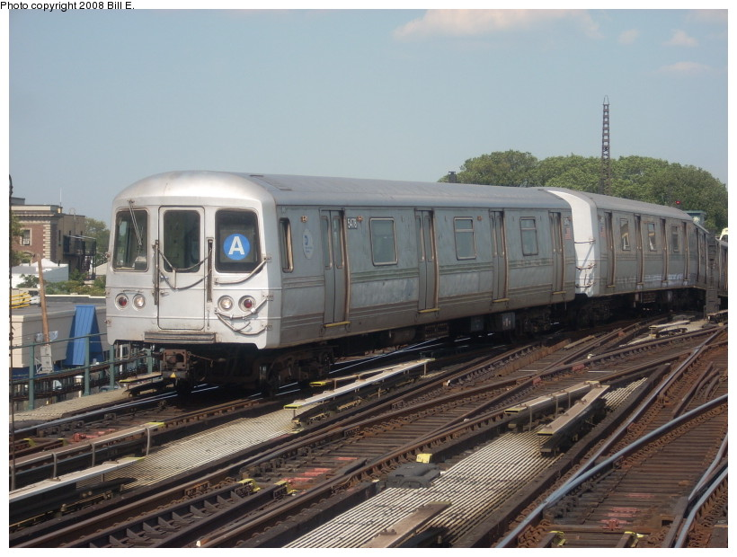 (171k, 820x620)<br><b>Country:</b> United States<br><b>City:</b> New York<br><b>System:</b> New York City Transit<br><b>Line:</b> IND Fulton Street Line<br><b>Location:</b> Rockaway Boulevard <br><b>Route:</b> A<br><b>Car:</b> R-44 (St. Louis, 1971-73) 5478 <br><b>Photo by:</b> Bill E.<br><b>Date:</b> 7/25/2008<br><b>Viewed (this week/total):</b> 0 / 1147