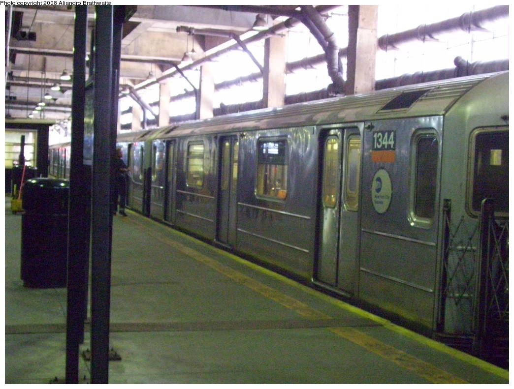 (253k, 1044x791)<br><b>Country:</b> United States<br><b>City:</b> New York<br><b>System:</b> New York City Transit<br><b>Line:</b> IRT Lenox Line<br><b>Location:</b> 148th Street/Lenox Terminal <br><b>Route:</b> 3<br><b>Car:</b> R-62 (Kawasaki, 1983-1985)  1344 <br><b>Photo by:</b> Aliandro Brathwaite<br><b>Date:</b> 7/25/2008<br><b>Viewed (this week/total):</b> 0 / 2723