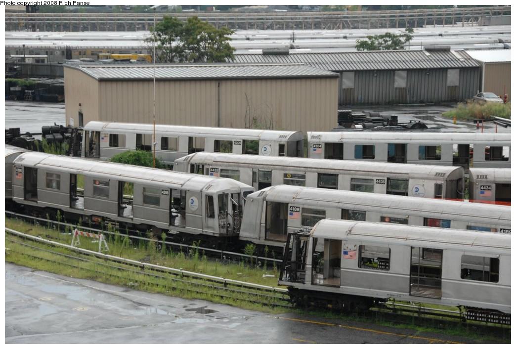 (226k, 1044x706)<br><b>Country:</b> United States<br><b>City:</b> New York<br><b>System:</b> New York City Transit<br><b>Location:</b> 207th Street Yard<br><b>Car:</b> R-40 (St. Louis, 1968)  4189 <br><b>Photo by:</b> Richard Panse<br><b>Date:</b> 8/2/2008<br><b>Notes:</b> Cars visible: 4198, 4189, 4435, 4204, 4205, 4298<br><b>Viewed (this week/total):</b> 0 / 1071
